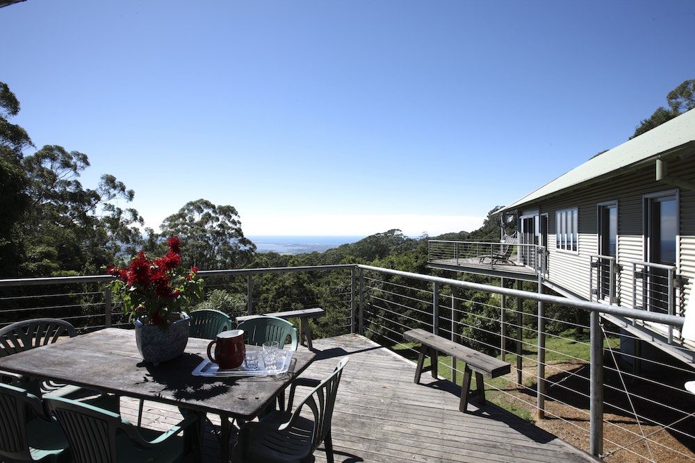 holiday-home-southern-highlands-deck