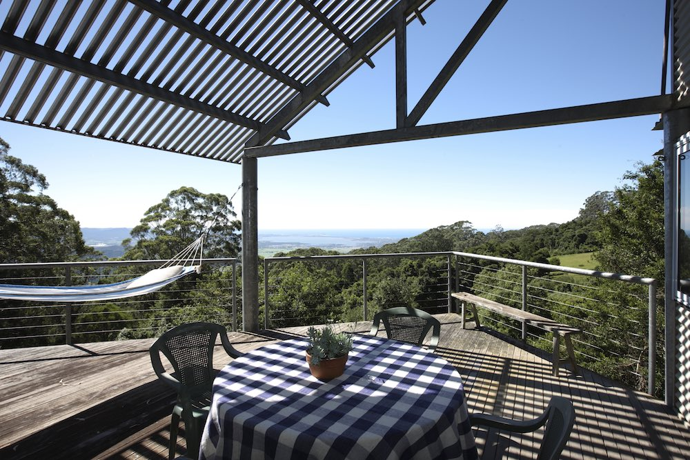 holiday-house-southern-highlands-deck