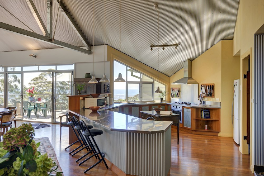 southern-highlands-holiday-home-kitchen
